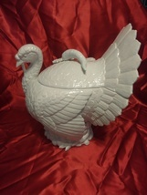 Stunning Fitz and Floyd 1989 Rare Turkey Tureen in White With Ladle - £289.39 GBP