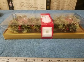 Chesapeake Bay Christmas Decorative Gift Set-  3 Candles NIP - $11.40