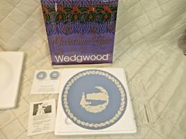 Vintage Wedgwood Jasperware Christmas Plate 1979 Buckingham Palace in Bo... - $20.19