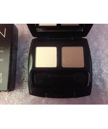 brand new in box Authentic Avon Eyeshadow Duo in Healthy Glow Duombre Tr... - $8.90