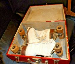 5 1/2 Women's Roller Skates with red and white case AA19-1592 Vintage image 4