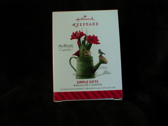 Hallmark 2014  Keepsake Ornament SIMPLE GIFTS  1st in Marjolein's Garden Series