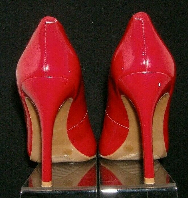 Jessica Simpson 'Calie' red round toe patent leather sculpted pump heel 8.5B