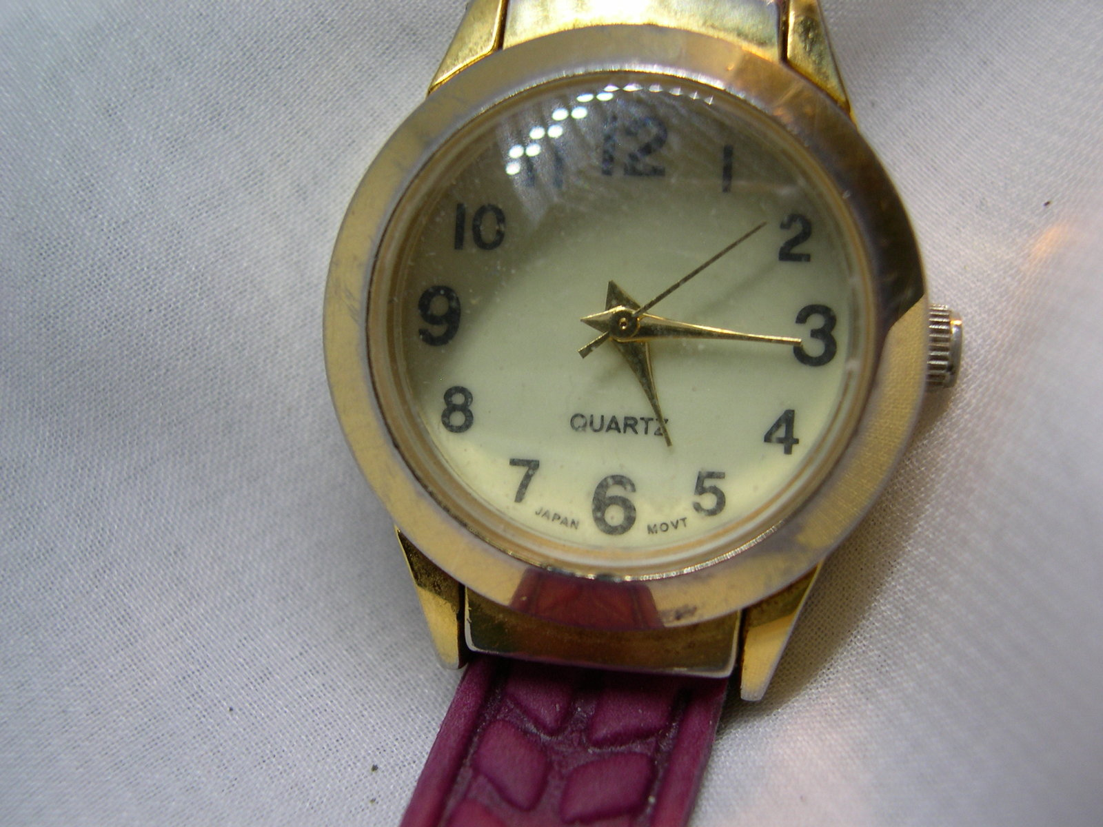 "Primary image for L68, IB Ladies Watch, Domed Crystal Face, 7.5"" Burgandy Band (new) wb"