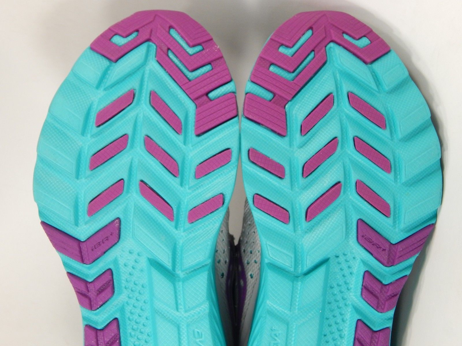 Saucony Kinvara 8 Size 6 M (B) EU 37 Women's Running Shoes Gray Purple S10356-3