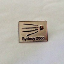 Singapore 2000 Olympic  Pin Pinback with hand - $18.99