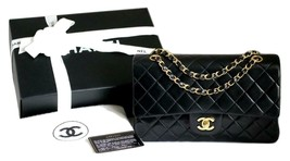 "CHANEL MEDIUM 10"" Vintage Black LAMBSKIN AUTHENTICATED Classic Flap Bag ... - $4,235.13 CAD"