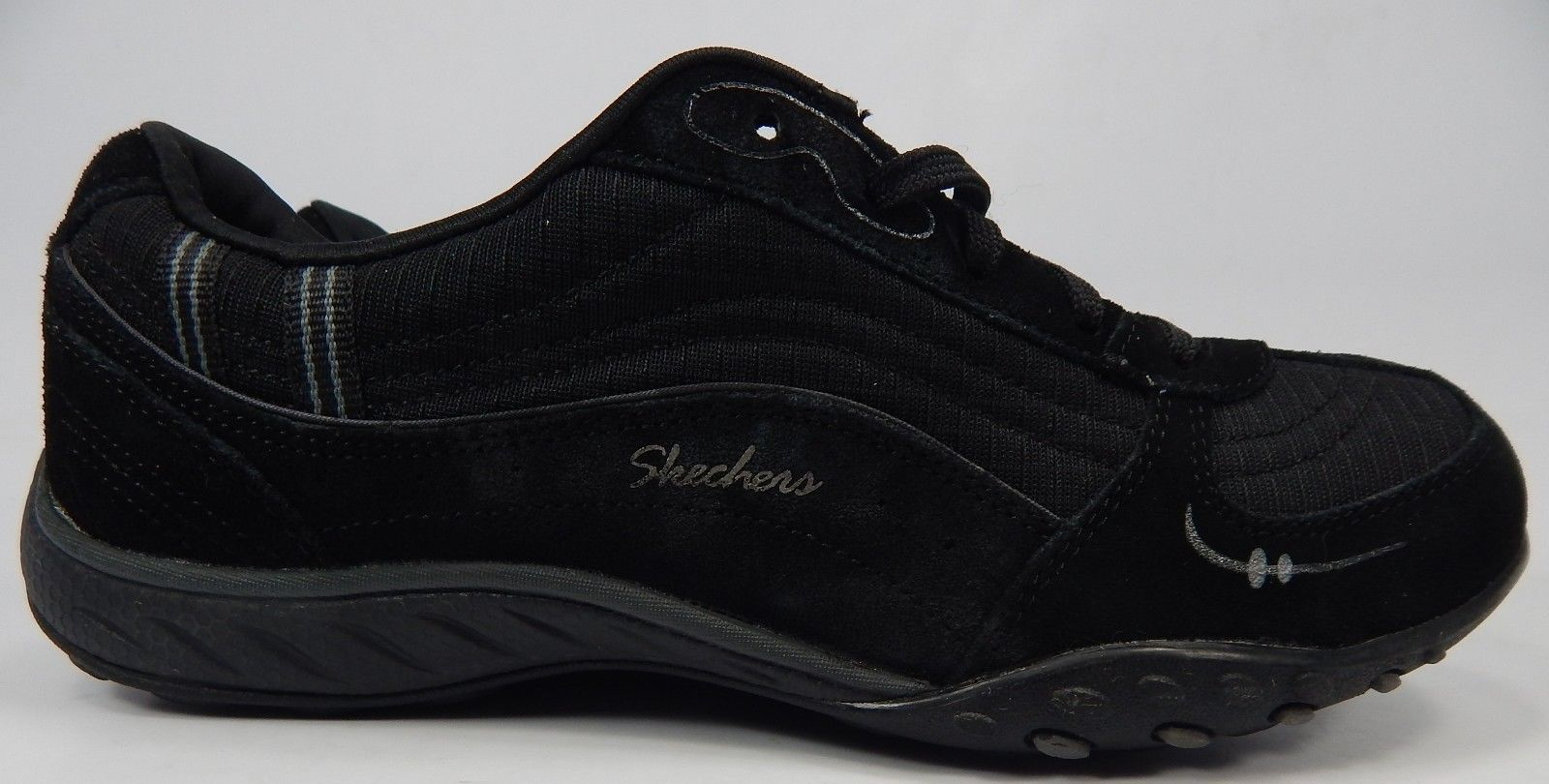 Skechers Relaxed Fit Breathe Easy Just Relax Sz: 8.5 M (B) EU 38.5 Women's Shoes