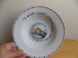 Disney Alice in Wonderland Paul Cardew Plate  - $25.00