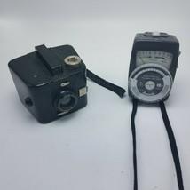 Vintage Camera Lot Brownie Six-20 Bull's Eye Camera & Gossen Mark II Flash Meter - $28.95