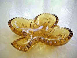 Vintage L.E. Smith Amber Clover Leaf Candy Dish - $6.93