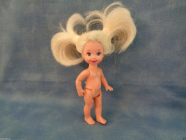 "1994 Mattel Barbie Waving Kelly Doll Blonde Hair Nude 4"" - $4.21"