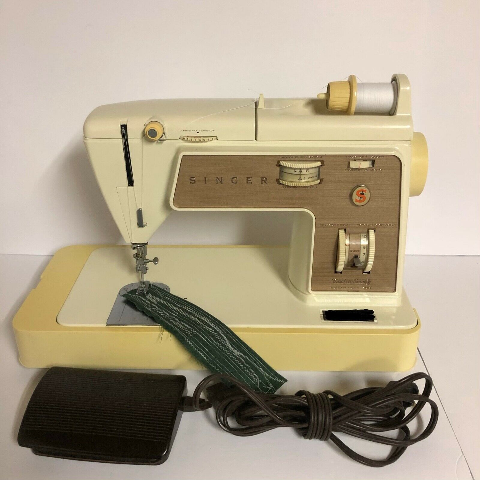 Singer Zig Zag 758 Touch-N-Sew Sewing Machine w/ Foot Pedal ~ Just Serviced GWC - $139.99