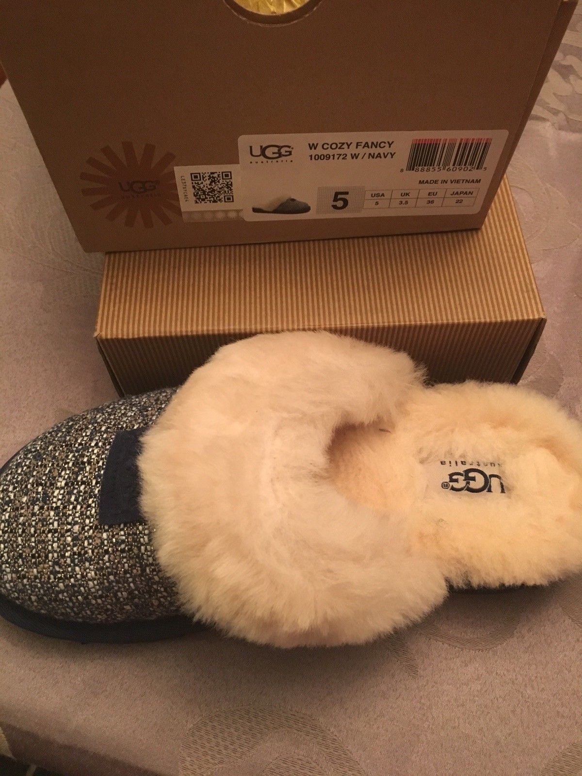 9e1fcd9e82e Ugg Australia Cozy Fancy Sheepskin Cuffed and similar items