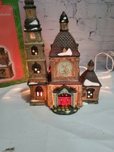 2002 Santas Workbench St. Mary's Cathedral Christmas village Holiday - $39.59