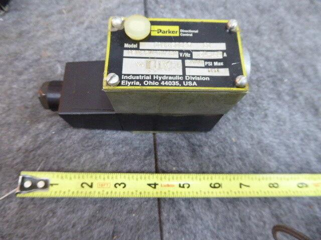 Parker Directional Control Valve D1VW20B5Y-31 NEW
