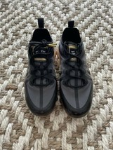 Nike Air VaporMax 2019 (GS) Athletic Sneakers Mesh Black Gold Boys Size 6 NEW! - $116.00