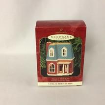 Hallmark Keepsake Ornament 1999 House on Holly Lane Nostagic Houses & Sh... - $24.99