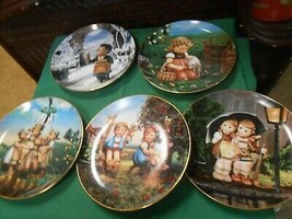 Great Collection 5 DANBURY MINT Plates by HUMMEL..Maypole...Valentines D... - $49.09