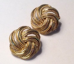 Vintage Signed Trifari Gold Tone Metal Basket Weave Clip Earrings  - $35.64