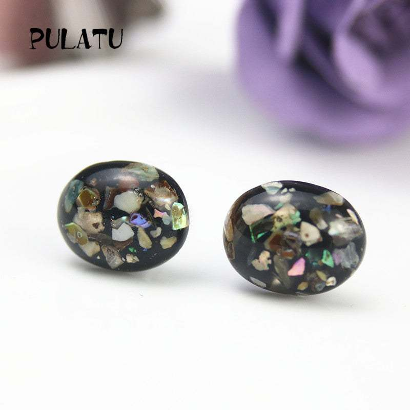 PULATU 2017 Fashion Small Black Earrings for Women Resin Natural shell Geometric
