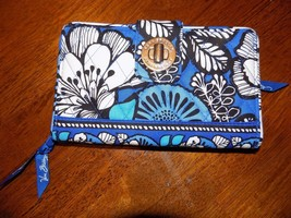 Vera Bradley Wallet BLUE BAYOU Turn Lock  NWOT RETIRED - $69.99