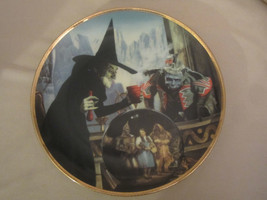 THE WITCH CASTS A SPELL collector plate WIZARD OF OZ 50th Anniversary BL... - $31.99