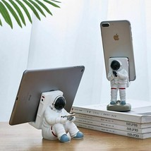 Penholder Mobile Phone Stand Resin Astronaut Figurine Home Decor Office ... - £29.52 GBP+