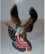 Unused Glenvale Gallery Eagle and American Flag in the original box - $14.99