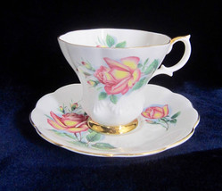 Royal Albert Sweetheart Roses Anne Teacup & Saucer - English Bone China - $28.90