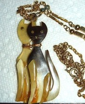 VTG CARVED TWIN LUCITE SHELL KITTY KAT CHAIN NECKLACE LOVE BIRD TRINKET ... - $187.99