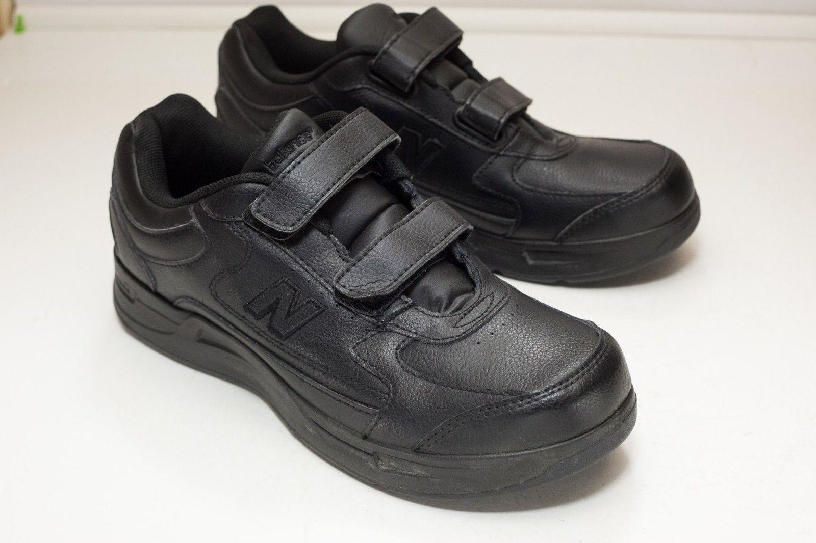 New Balance 8 Black Walking Shoe Men's