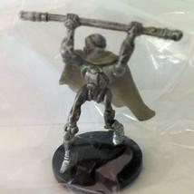 Star Wars Minatures: Bodyguard Droid 28/60 Separtist 20 Revenge Sith 2005 - $2.10