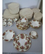 36 pcs Royal Albert Old Country Roses 1962 England, 6 pc serv for 6 Stor... - $500.00