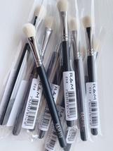 R&M 518 Oval paddle multipurpose shader makeup brush - $7.50