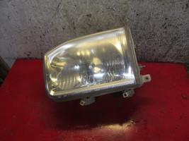 04 03 99 00 02 01 Nissan Pathfinder oem drivers side left headlight assembly - $19.79