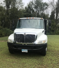 2002 INTERNATIONAL 4300 For Sale In East Liverpool, Ohio
