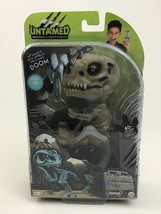 Untamed Fingerlings Gloom Baby Dinosaur T-Rex Glow In The Dark Bonehead ... - $40.05