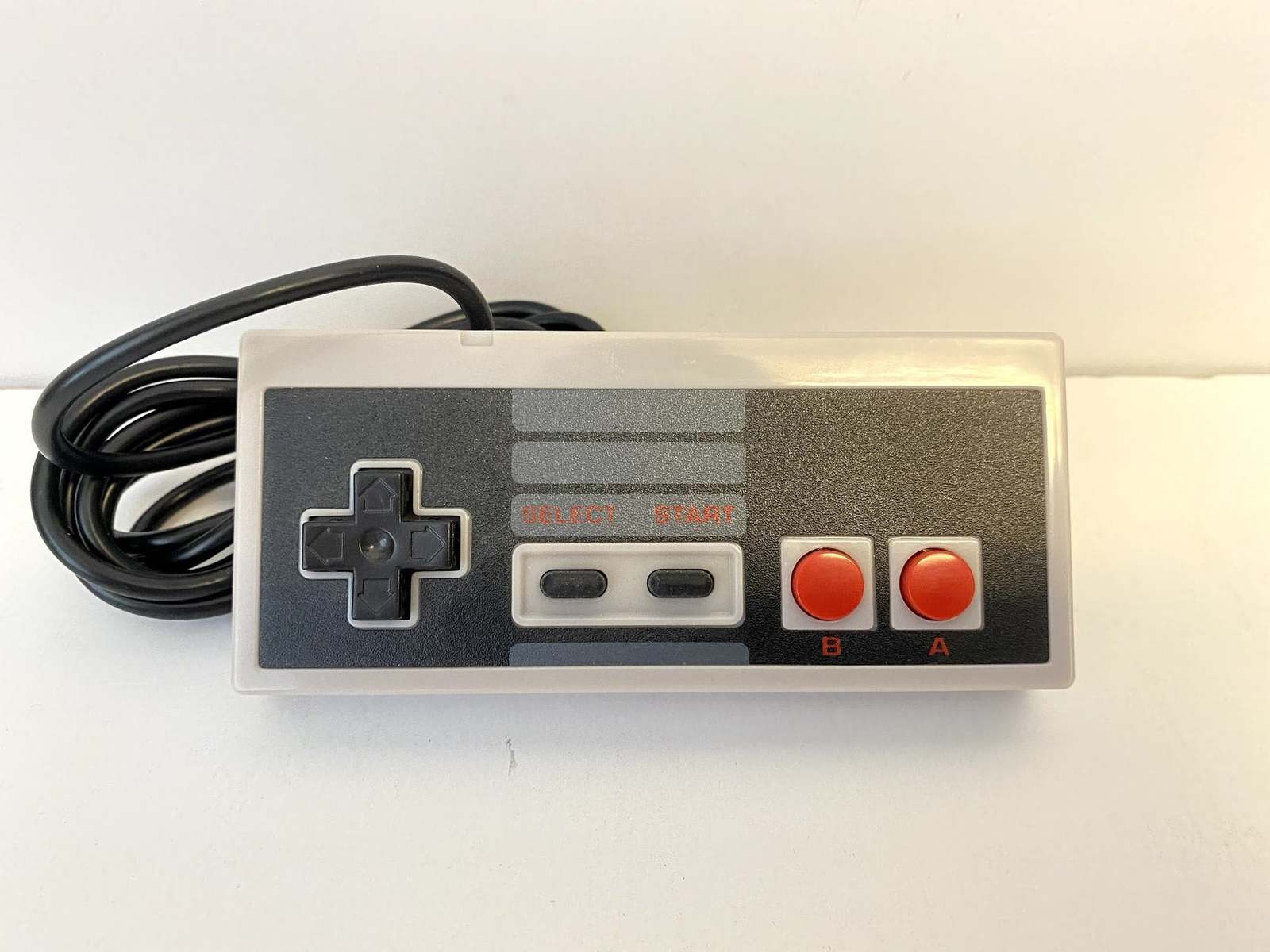 Primary image for Nintendo NES Controller 6ft Wired - Works for NES or SNES Mini Classic