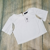 New SOUTHSTORE sz M women's white cut out short sleeves crop top (UA25) - $13.00