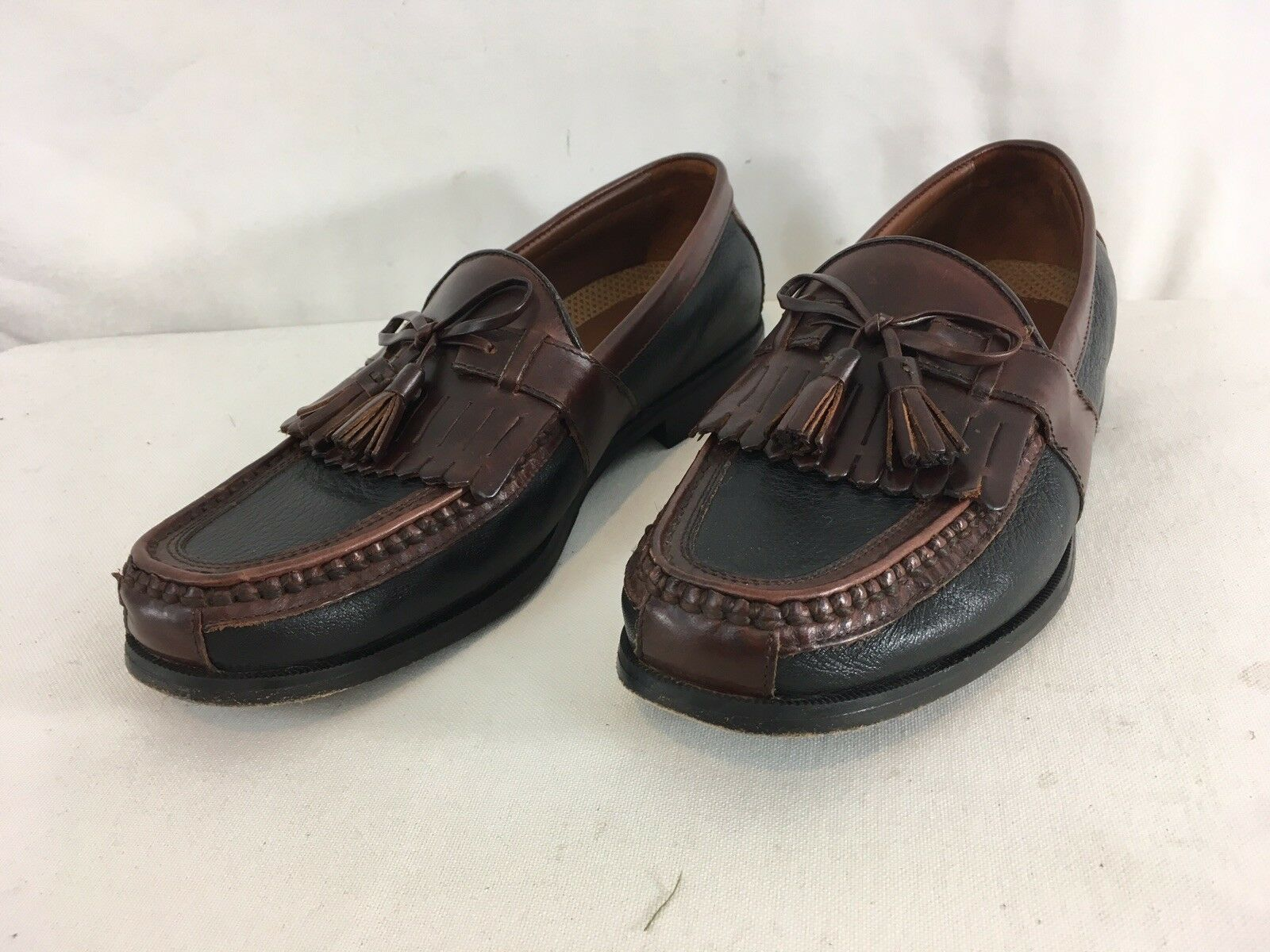 Primary image for Johnston & Murphy Aragon II Mens 9M Brown Black Leather Tassel Sheltie Loafers