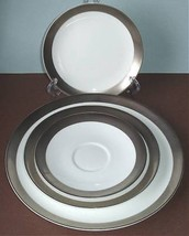 Wedgwood Satine Platinum 4 Piece Place Setting (No Tea Cup) New - $42.90