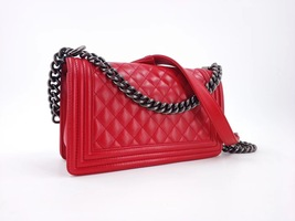 AUTHENTIC CHANEL RED LAMBSKIN QUILTED MEDIUM BOY FLAP BAG RHW image 3