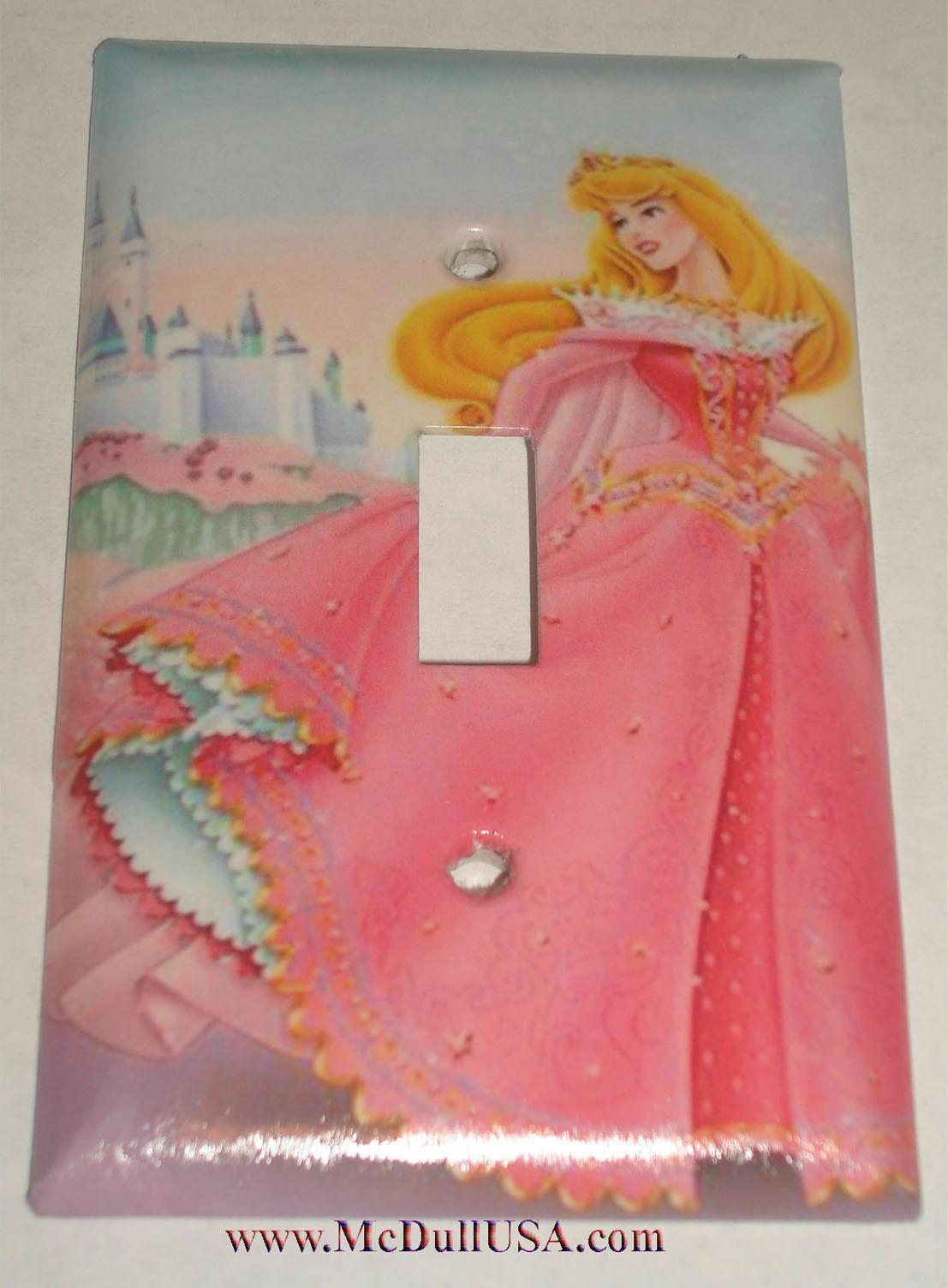 Sleeping beauty castle pink toggle single