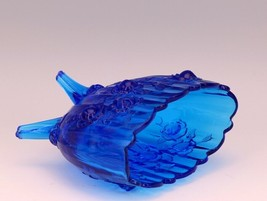Vintage Fenton Art Glass Colonial Blue Rose Line Oval Footed Vase image 2