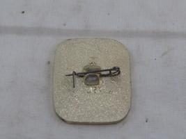 Vintage Hockey Pin - 1973 World Hockey Championships Moscow - Metal Pin image 4