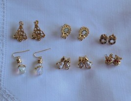 Vintage Avon Christmas/Holiday Earring Lot 6 Pair - $53.46