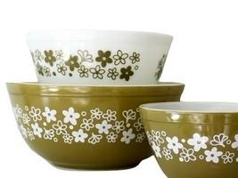 Pyrex Mixing Bowl Spring Blossom Crazy Daisy 401 & 402 & 403 White Green - $89.09