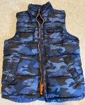 Gap Kids Boys Blue/Blue Camo Puffer Vest Size Large EUC - $23.36