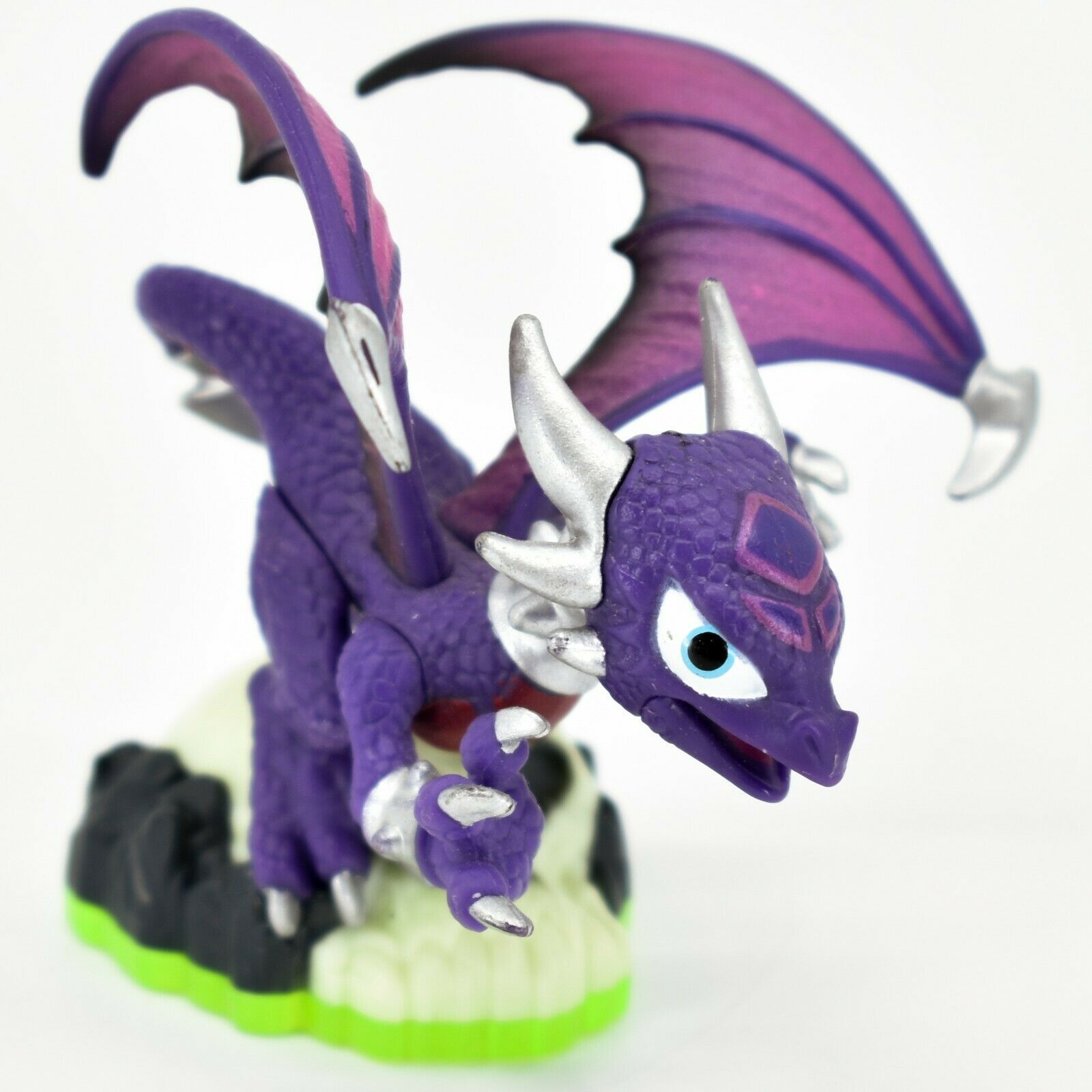 Activision Skylanders Spyro's Adventure Cynder Undead Dragon Character Loose